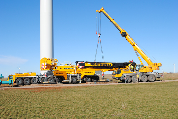 Northwest's Liebherr LTM1750-9.1 completes first two projects in North America