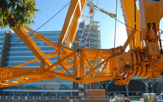 Northwest Disassembles Tower Crane Near Oklahoma State Capital